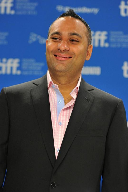 Kanadský herec s indickými kořeny Russel Peters.