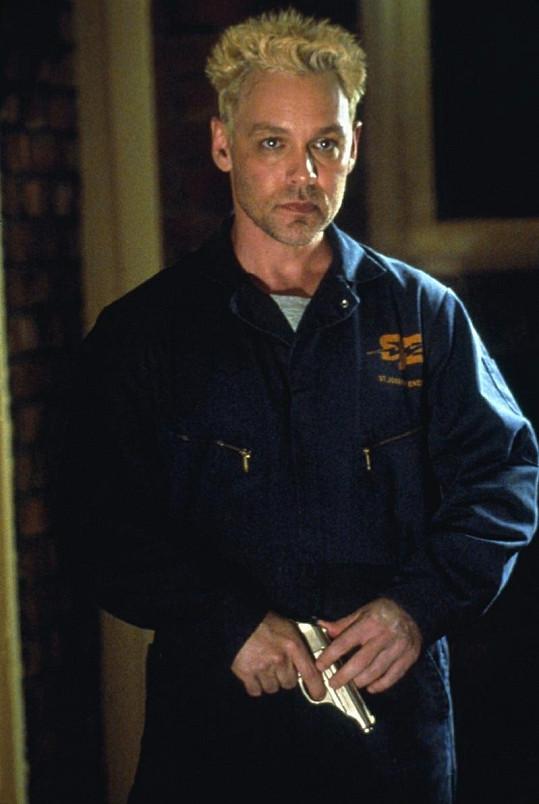 Hutchinson ve filmu Hra o čas z roku 2002.