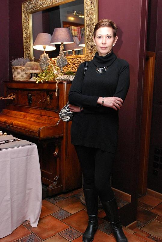 Pomocnou ruku přidala i hercova exmanželka Marta Krampolová, která Jiřímu dohodila skvělého odborníka.