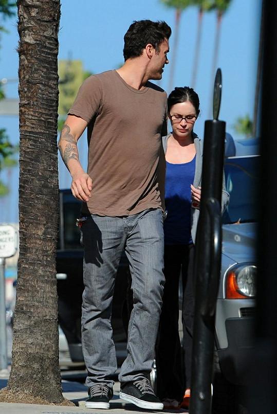 Megan Fox vypadala smutně a neupraveně.
