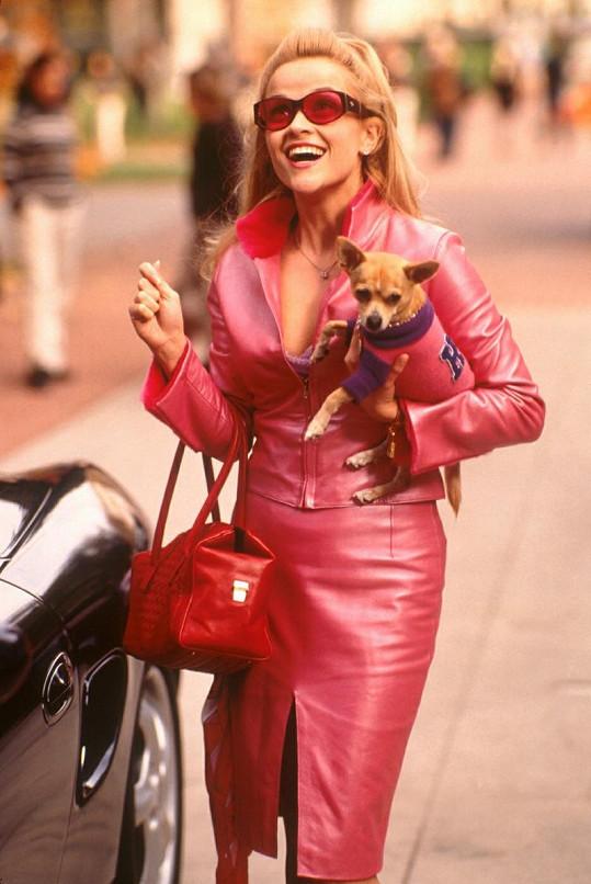 Reese Witherspoon ve filmu Pravá blondýnka.