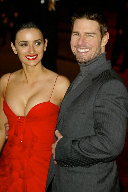 Tomovi se kvůli sektě rozpadl i vztah s Penélope Cruz.