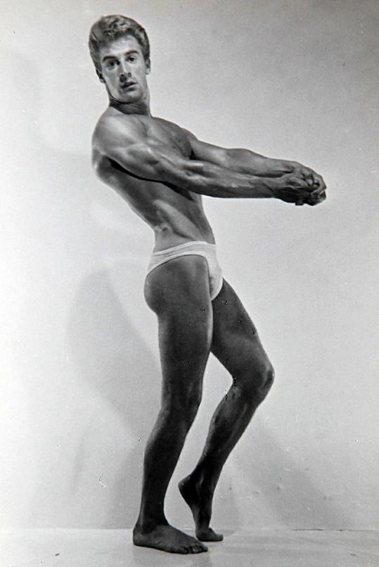 Takhle dokonalé tělo měl Ted Brown v roce 1951.
