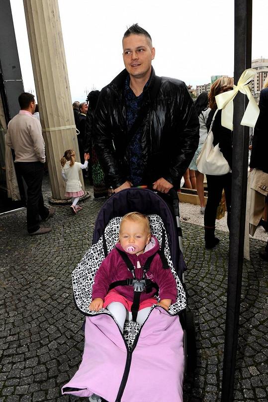 Petr Vlasák s dcerou.