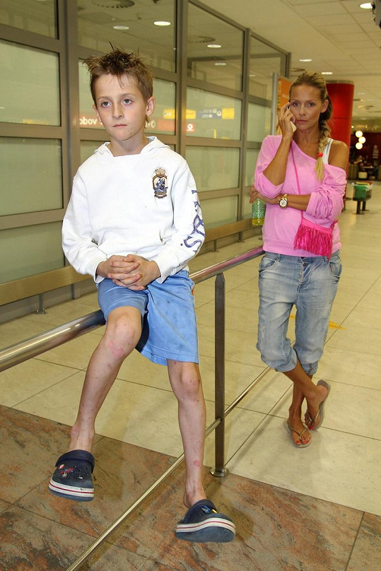 Na letiště přišli Marcuse přivítat Martina Gavriely se synem Antoniem.
