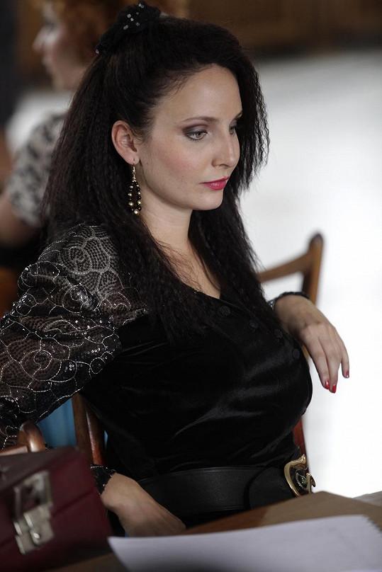 Veronika se představí v roli modelky Klaudie.