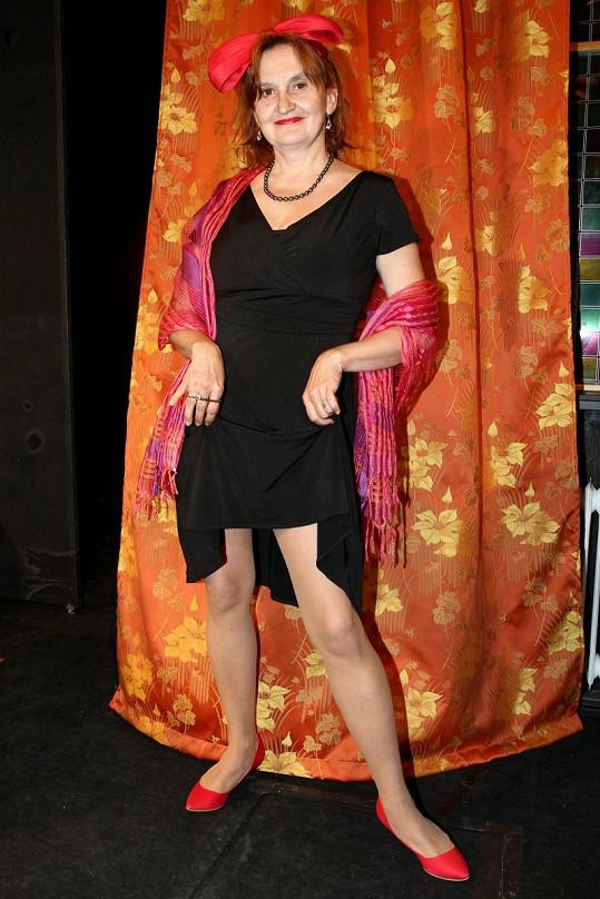 Eva Holubová ukazovala nohy.
