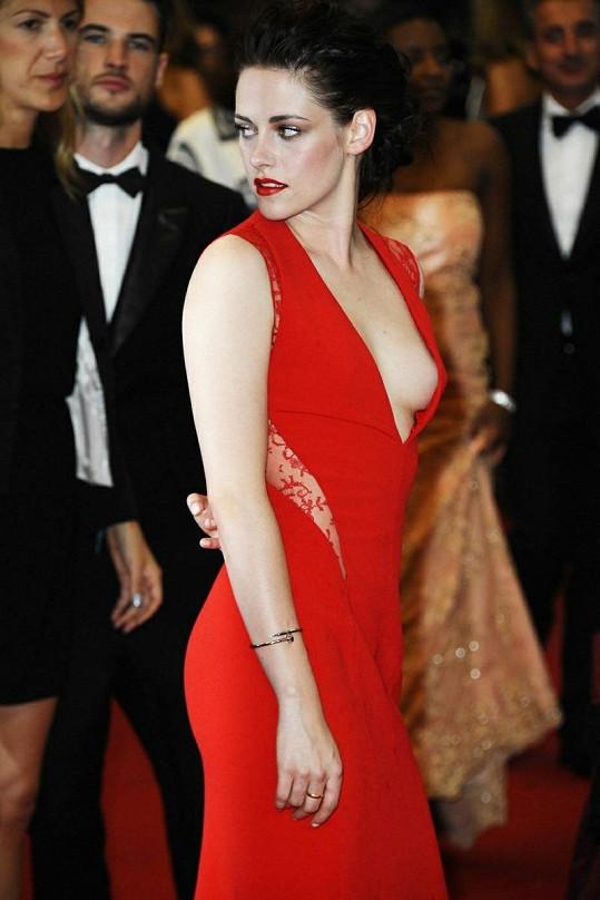 Kristen Stewart momentálně vůbec nevychází z domu.