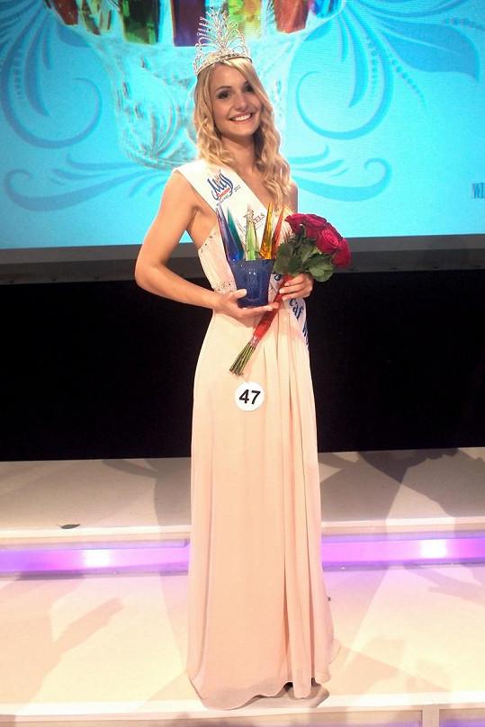 Miss Deaf World 2012 se stala dívka z Německa Karin Keuter