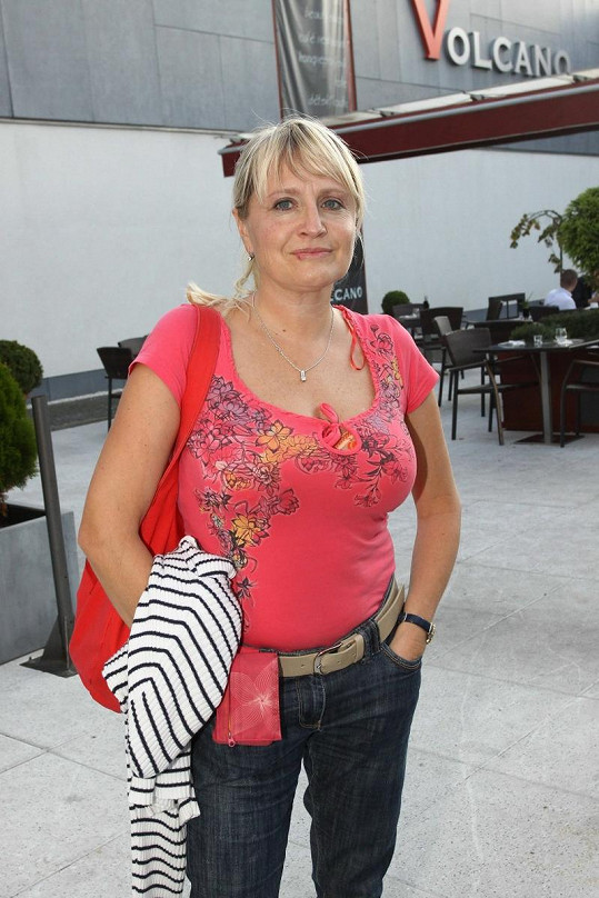 Řanda si potrpí na blondýnky. Takto vypadá jeho bývalá žena Regina Řandová.