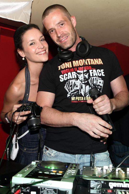 Petr Zvěřina s přítelkyní, krásnou misskou Nikolou Plzákovou.