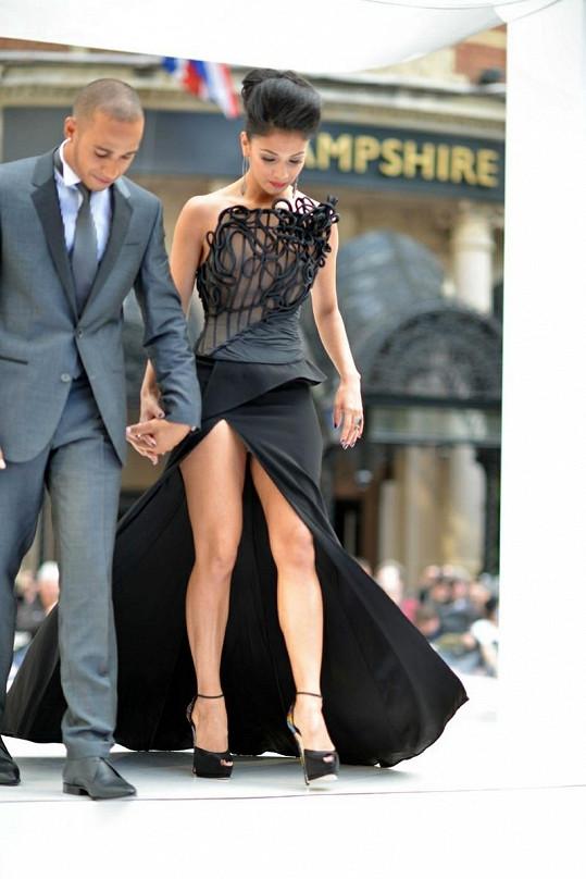 Doprovod na akci dělal Nicole její přítel Lewis Hamilton.