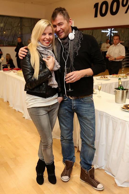 Bořek s Kateřinou Kristelovou slavili 2. narozeniny fitka, do kterého oba chodí.