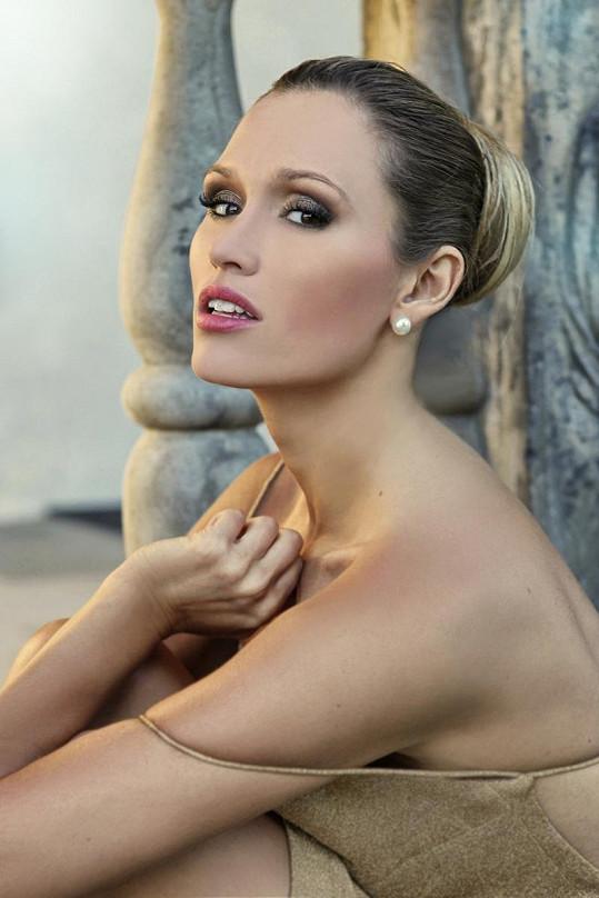 Michaela Štoudková fotila kampaň pro kadeřnický salon.