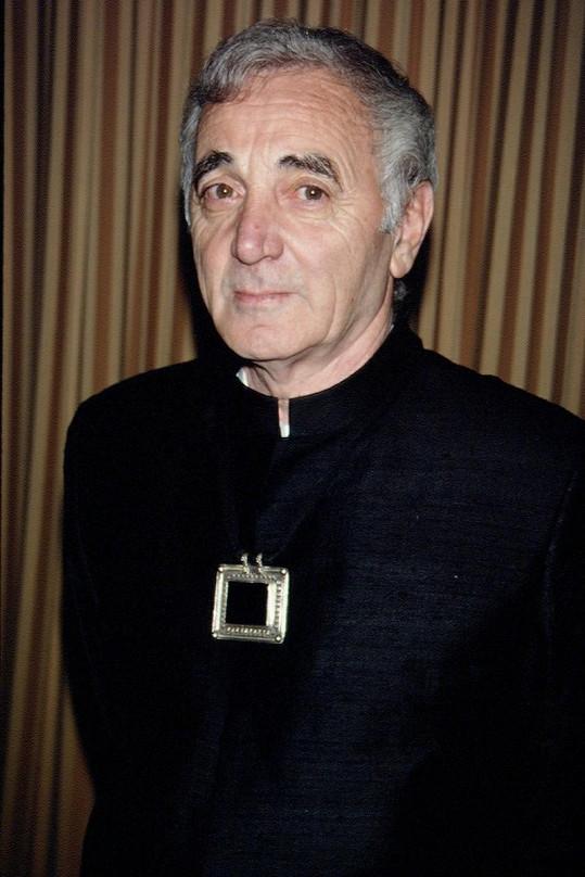 Charles Aznavour na starším snímku.