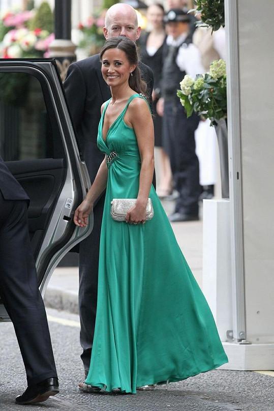 Pippa Middleton v nádherných šatech Alice Temperley.