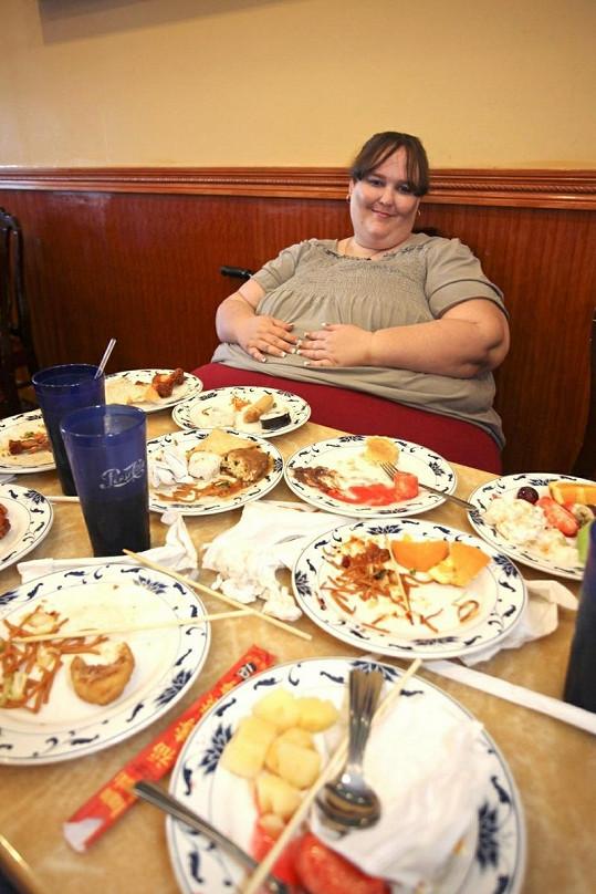Susanne miluje jídlo, proto se zasnoubila s kuchařem.