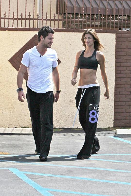 Elisabetta Canalis během trénování s Valentinem Chmerkovským hodně zhubla.