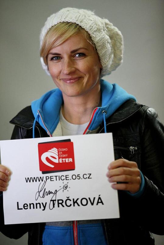 S názorem Rybiček 48 souhlasí i moderátorka Lenny Trčková.