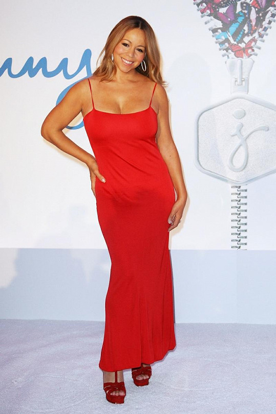 Mariah Carey jako maminka doslova září.