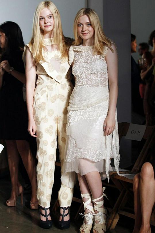 Dakota Fanning s mladší sestrou Elle.