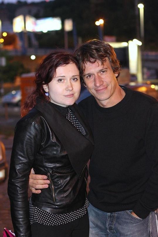 Herec s režisérkou spotu Evou Toulovou