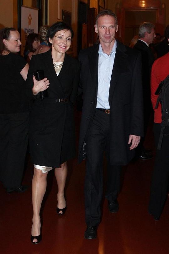 Po více než třech letech ale oznámili rozchod.