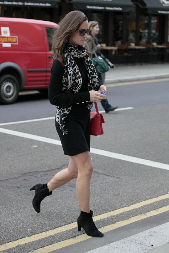 Po úterním módním výkyvu Middleton opět vypadala bezvadně.