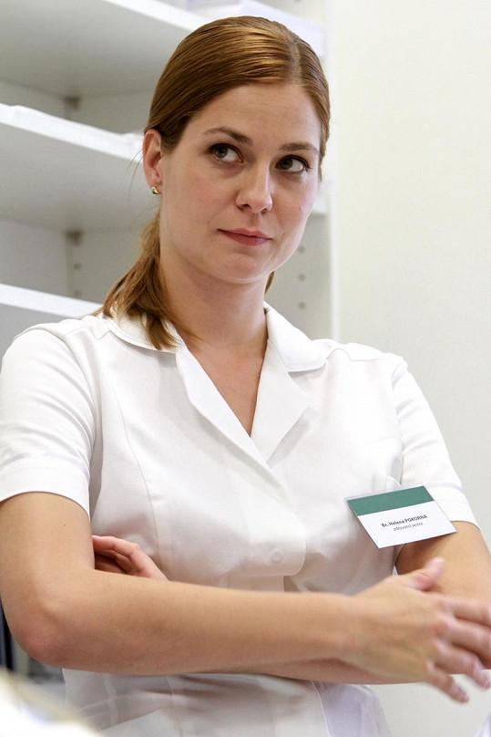 Klára Jandová v roli sestřičky Heleny Kosíkové také končí.