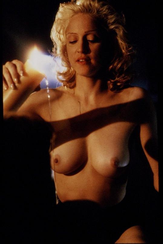 Madonna ve snímku z roku 1993.