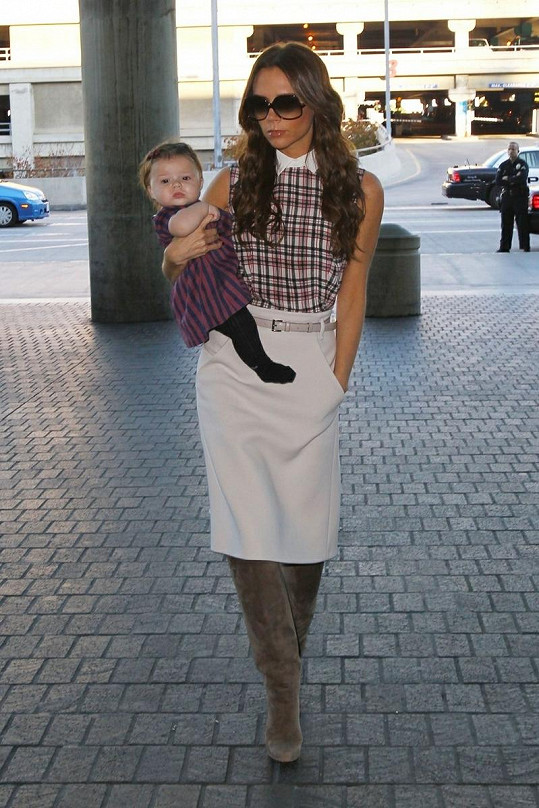 Harper Seven s maminkou Victorií.
