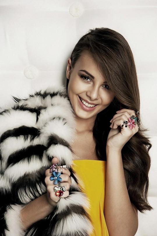 Monika Bagárová je opravdu nádherná.