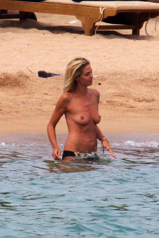 Heidi Klum na Sardinii.