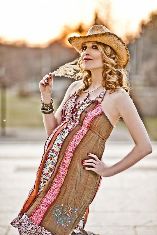 Tereza jako romantická hippiesačka.