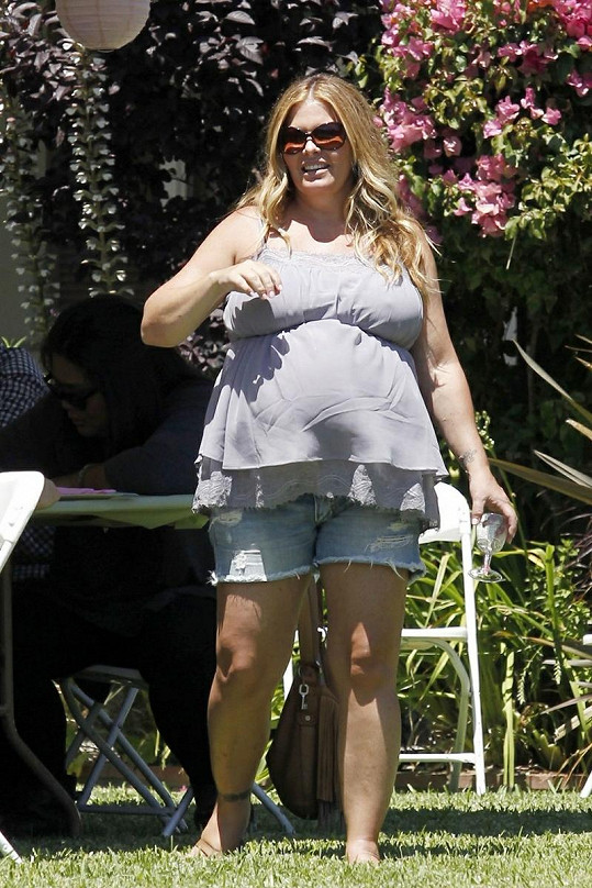 Nicole Eggert před porodem druhé dcery.