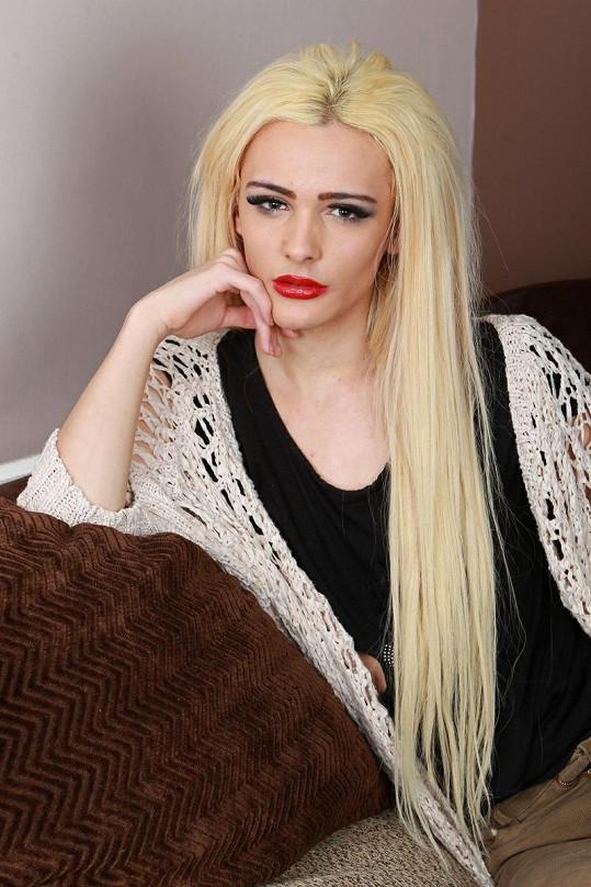 Cambell Kenneford chce vypadat jako Lindsay Lohan a daří se mu to.