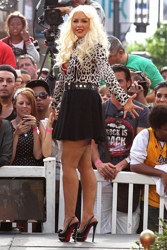 Christina Aguilera o víkendu v Los Angeles.