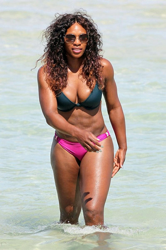 Tenistka na pláži v Miami.