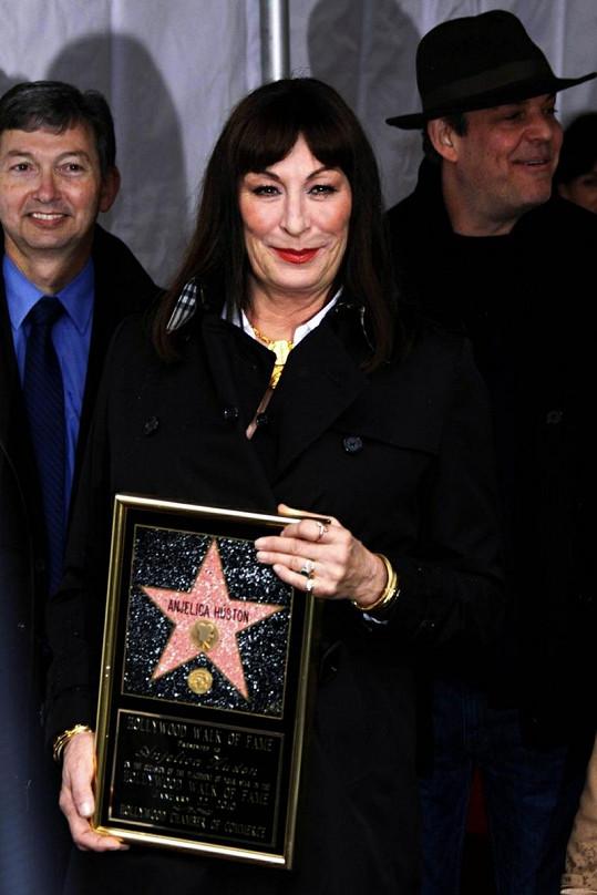 Herečka má svou hvězdu na hollywoodském Chodníku slávy.