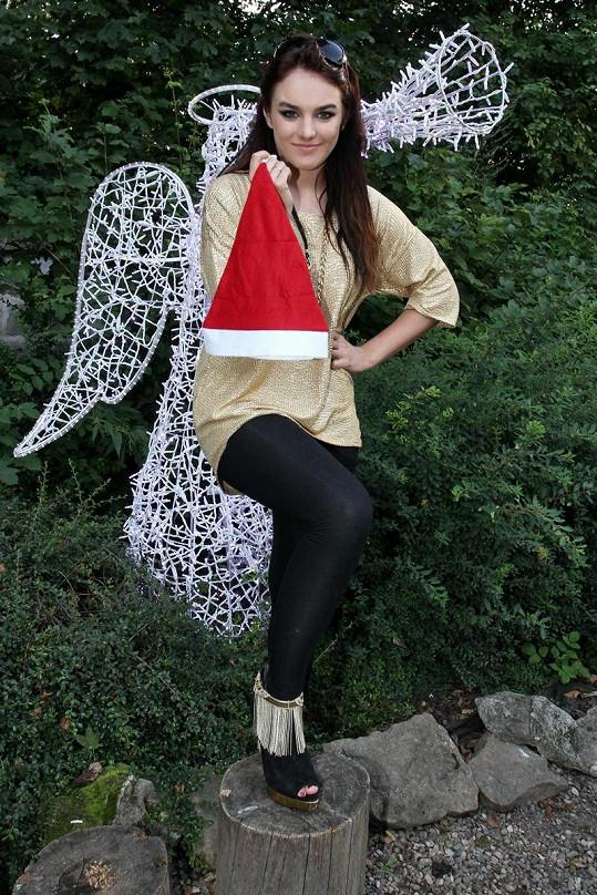 Ewa Farna zapózovala jako anděl.