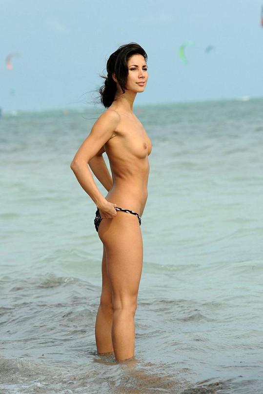 Toto je Miss Velké Británie z roku 1998.