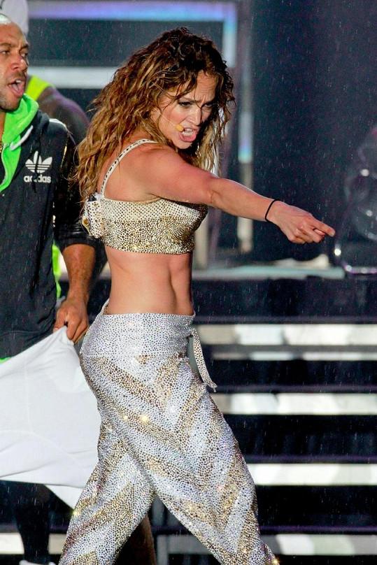 Jennifer Lopez koncertovala v brazilském Recife.