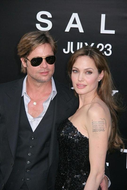Brad a Angelina tento víkend údajně chystají svatbu.