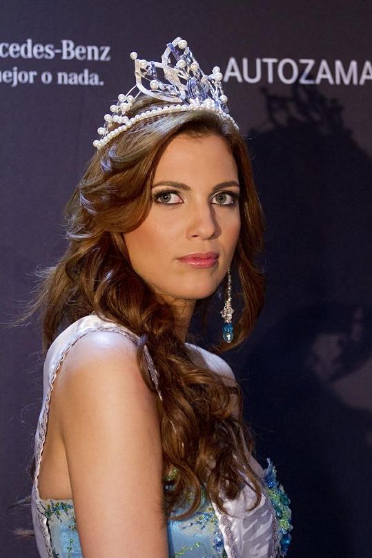 Dulcita jako nová Miss Dominikánské republiky.