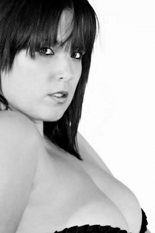 Rebecca Morris by se ráda uchytila jako modelka spodního prádla.