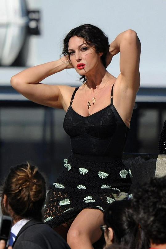 Nádherná Monica Bellucci patří mezi nejkrásnější herečky současnosti.