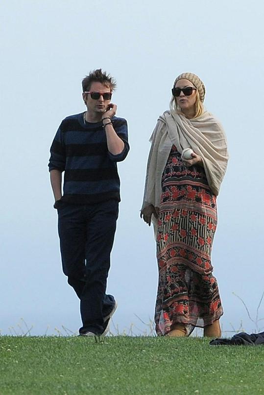 Kate Hudson se svým snoubencem Mattem Bellamym.