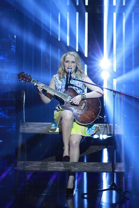 Zpěvačka a kytaristka Katarína Landlová se díky Talentu usmířila se svým otcem.