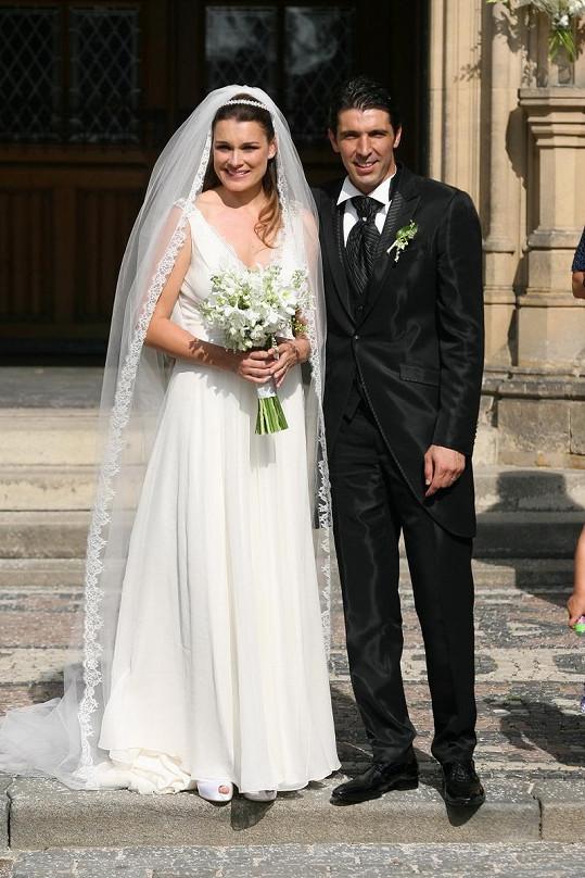 Novomanželé Alena Šeredová a Gigi Buffon. Brali se letos v srpnu.