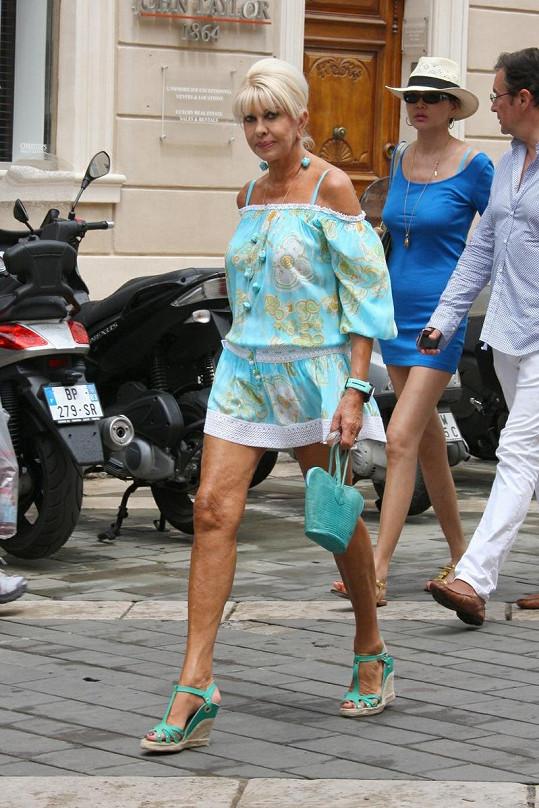 Ivana Trump v Saint Tropez.